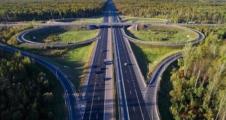 На платных трассах введут новые дорожные знаки